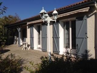 Sale house / villa Thouron 158000€ - Picture 1