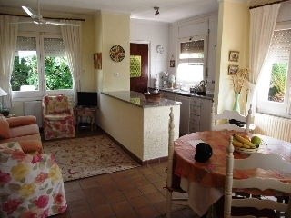 Vente maison / villa Roses 214000€ - Photo 2