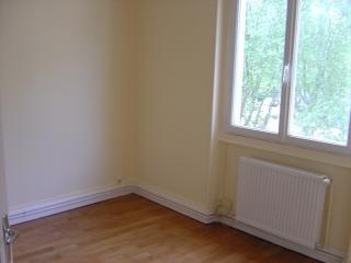 Location appartement Bron 691€ CC - Photo 3