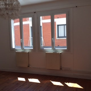 Location appartement Toulouse 893€ CC - Photo 2