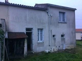Sale house / villa La regrippiere 64900€ - Picture 1