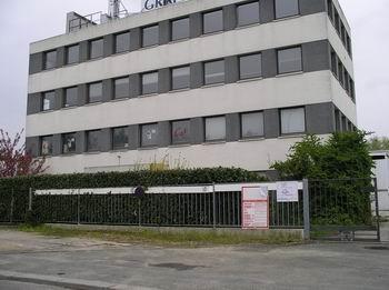 Rental office Ris orangis 905€ CC - Picture 1