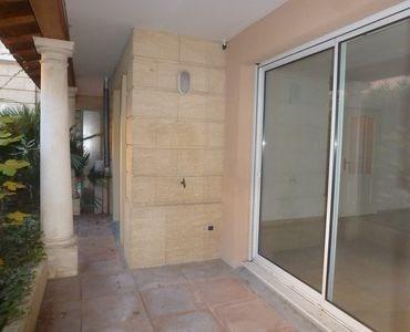 Rental apartment Aix en provence 943€ CC - Picture 2