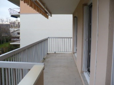 Location appartement Villefranche sur saone 808,17€ CC - Photo 1