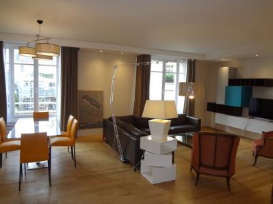 Location Appartement Paris La Muette - 145m²