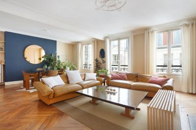 Paris 1st District – A superb near 130 sqm apartment.