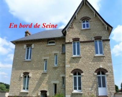 Vente - Demeure 9 pièces - 200 m2 - Val de Reuil - Photo
