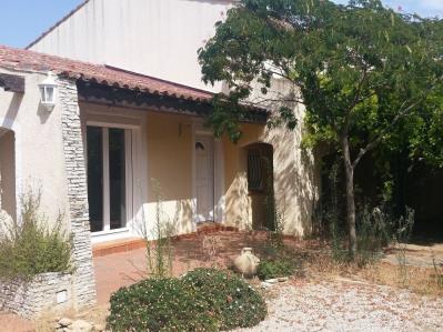 Villa T6 avec Terrain de 382m²