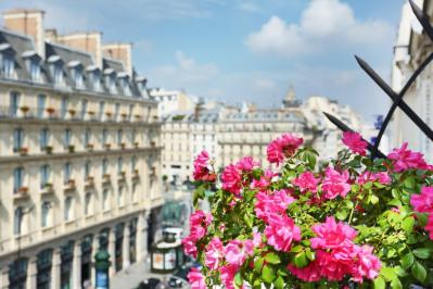 Paris VIIIe - Grands Magasins - Saint-Lazare