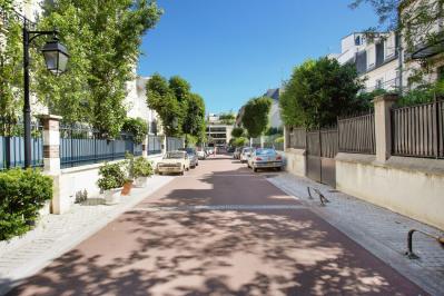 Neuilly Mairie - Voie privée