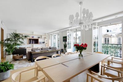 Paris 8th District – An elegant apartment in a prestigious locat