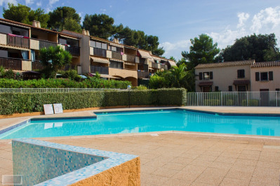 Tamaris, Résidence avec piscine, studio avec parking privé