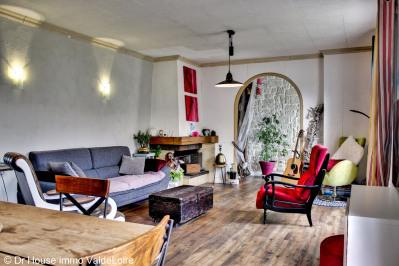 Maison de plain pied avec grand jardin arboré