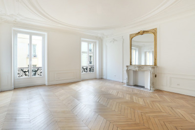 Paris 8th District – A superb near 170 sqm apartment.