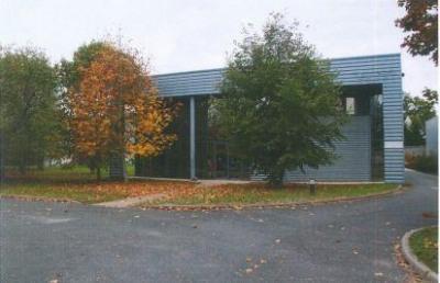 Location Local d'activités / Entrepôt Semoy
