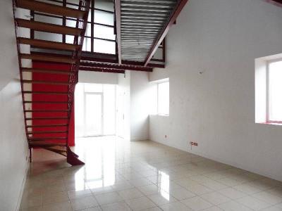 住宅/别墅 4 间房间 Centre Ville de Cognac