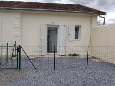 Maison Mitoyenne entièrement rénovée de type 2 avec jardinet
