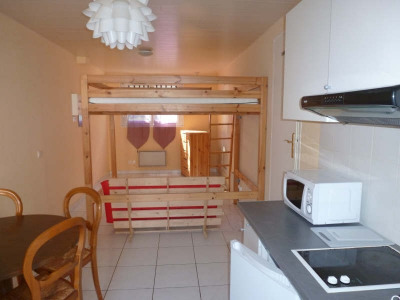 Grand studio 30 m² meuble