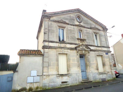 4 rooms Centre Ville de Cognac
