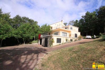 Maison contemporaine sur parc Mereville