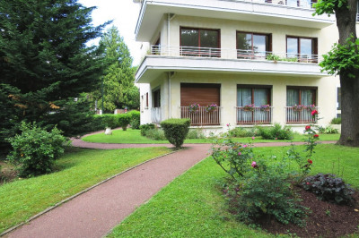 Appartement Vaucresson 5 pièce (s) 125 m²