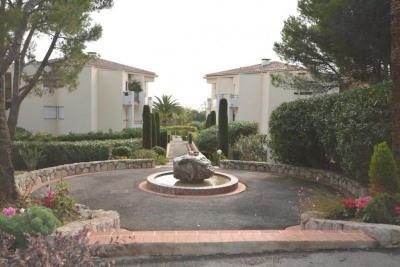 Vente Appartement 3 pièces Antibes-(70 m2)-410 000 ?