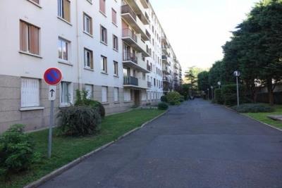 'rouget de lisle: 4 pièces de 84 m²'