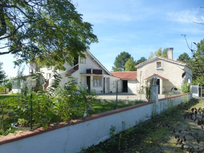 Maison avec vue dominante Montayral