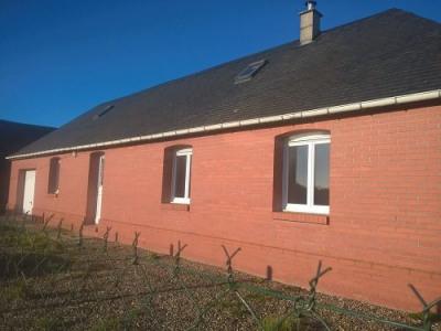 Maison en briques avec garage région forges les eaux