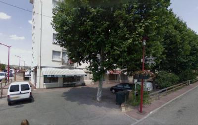Location Boutique Saint-Clair-du-Rhône