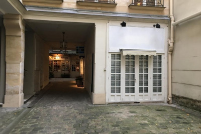 Location Boutique Paris 7ème