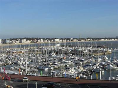 Vacation rental apartment Royan 528€ - Picture 1