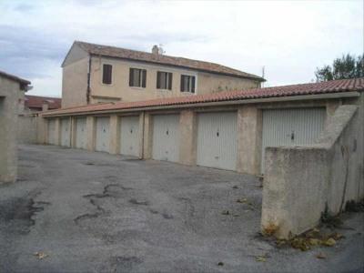 Garage fermé n°6
