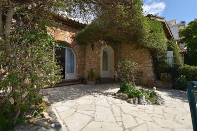 CANNES/Basse Californie - Villa indépendante 100 m² en pierr, 173,17 m² - Cannes (06400)