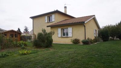 Maison Cailloux Sur Fontaines 5 pièce (s) 164 m²
