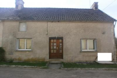 45mn Roissy CDG, 18kms Villers Cotterêts, proche bourg avec