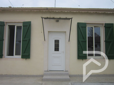 Sale - House / Villa 3 rooms - 60 m2 - Nîmes - Photo
