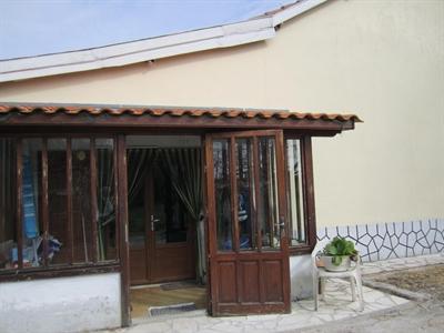 Sale house / villa Barbezieux st hilaire 84000€ - Picture 2