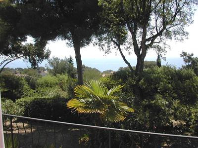 Vacation rental house / villa Les issambres 1 670€ - Picture 2