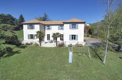 Maison SAINT DIDIER AU MONT D'OR 7 Pièces 230 m²