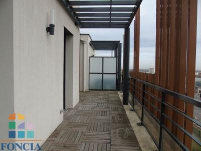 Location - Appartement 4 pièces - 104,63 m2 - Vénissieux - Photo