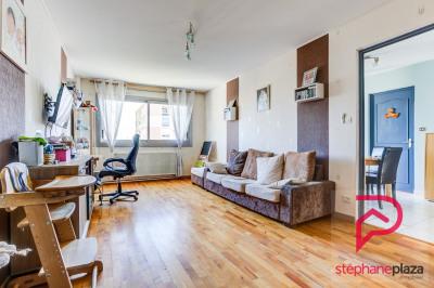 Appartement Saint Priest 5 pièce(s) 102.4 m2
