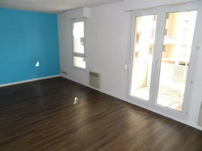 Appartement Meaux 1 pièce (s) 27 m²