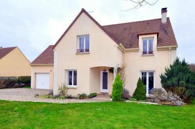 Maison 6 pièces, 5 chambres (136m²) avec garage double