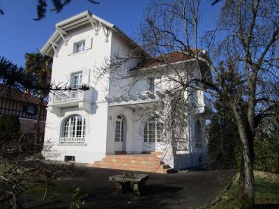 Maison Dax 7 pièce (s) 205 m²