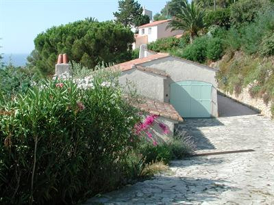 Vacation rental house / villa Les issambres 1 910€ - Picture 12