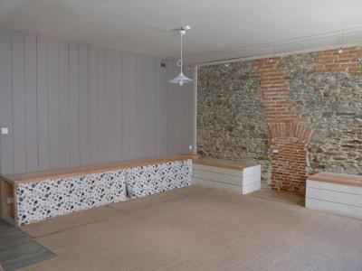 Local commercial + studio Le Palais