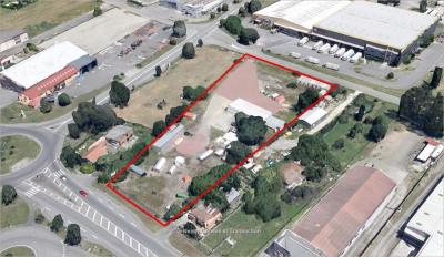 Location Local d'activités / Entrepôt Fenouillet