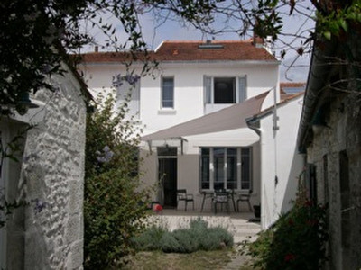 Maison La Rochelle 7 pièce(s) 182 m2