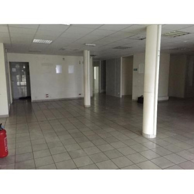 Location Local commercial Talence 0